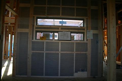 中庭の窓入りました 1/25_f0198764_22142158.jpg