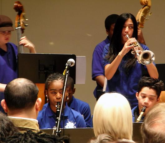 中学生ジャズ・ミュージシャン達のコンサート_b0007805_2584110.jpg