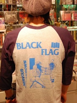 "\""BLACK FLAG\""でドーーン!!_f0004730_1936327.jpg"