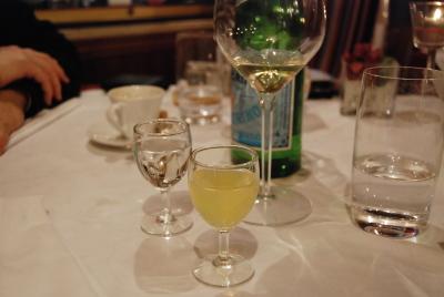 ヴェネツィアのレストラン。「Vecio Fritolin」_d0129786_15183696.jpg