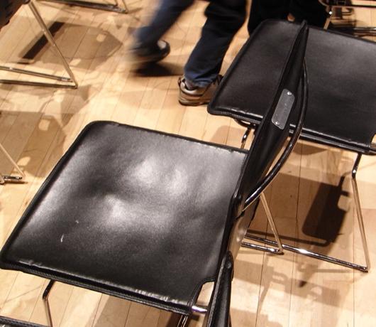 椅子を見てふと思ったこと_b0007805_13511483.jpg