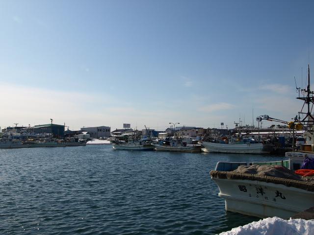 苫小牧漁港_d0153062_8554120.jpg