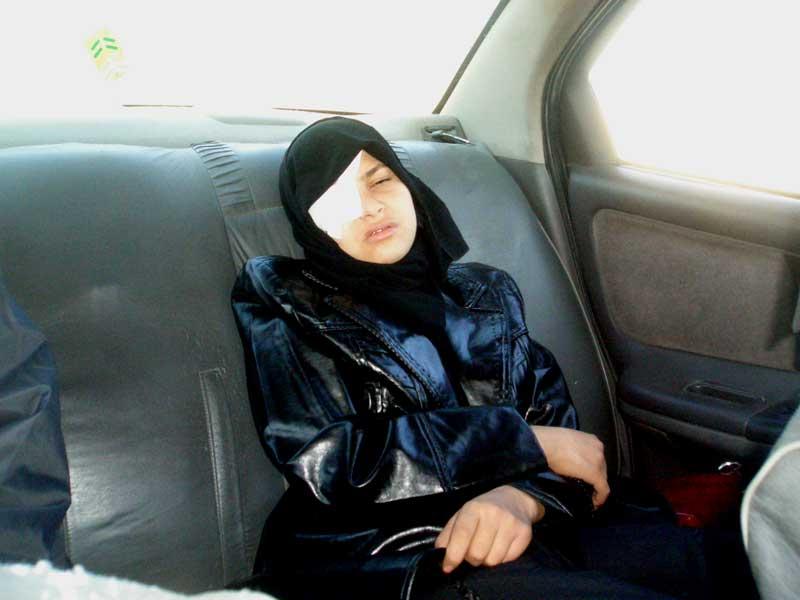 イランで闘病中のサブリーン_f0155297_1017981.jpg