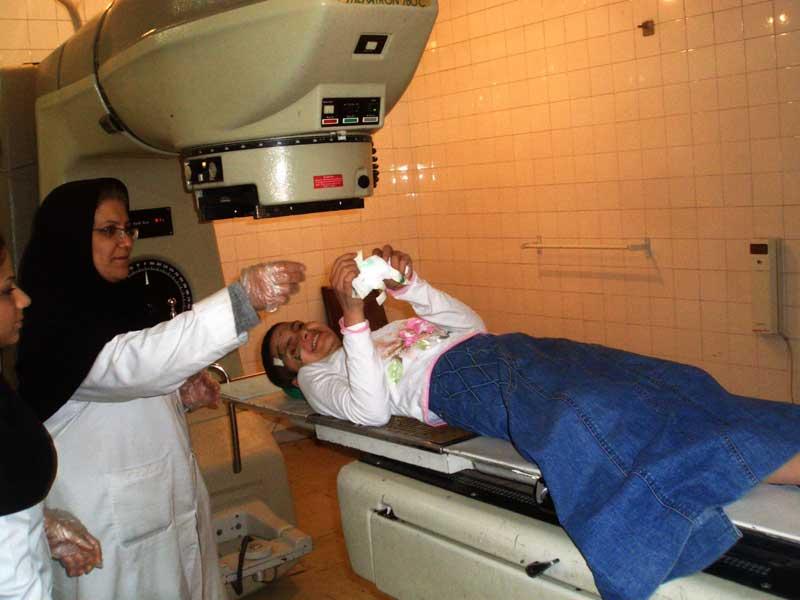 イランで闘病中のサブリーン_f0155297_10205386.jpg