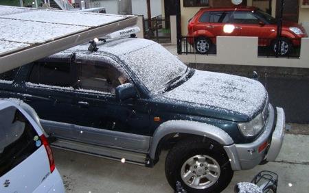 雪と愛車_c0052304_2212484.jpg