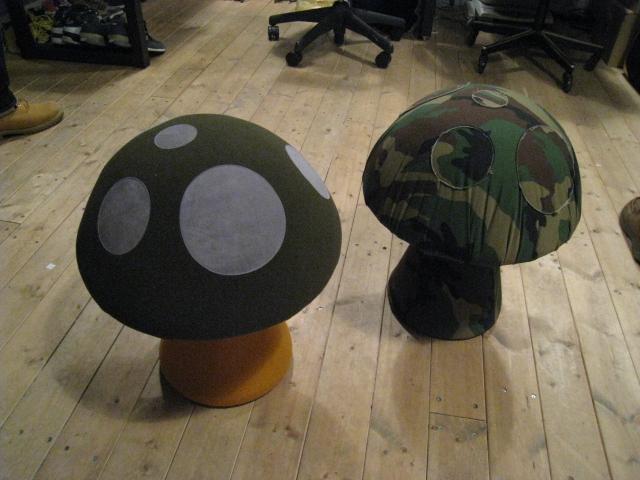 KiNoKo Chair_e0162155_16322093.jpg