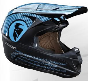 いっぱいヘルメットがきた(THOR)_f0062361_17321345.jpg