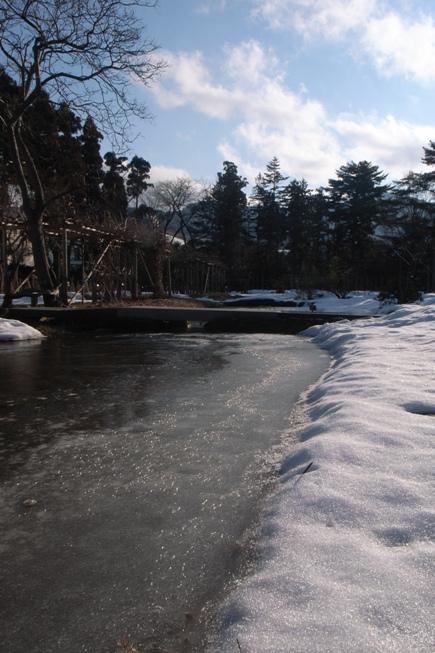 氷の池@御薬園。_c0141989_2103445.jpg