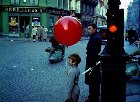 フランス映画「LE  BALLON ROUGE」(赤い風船)_d0148729_17152285.jpg