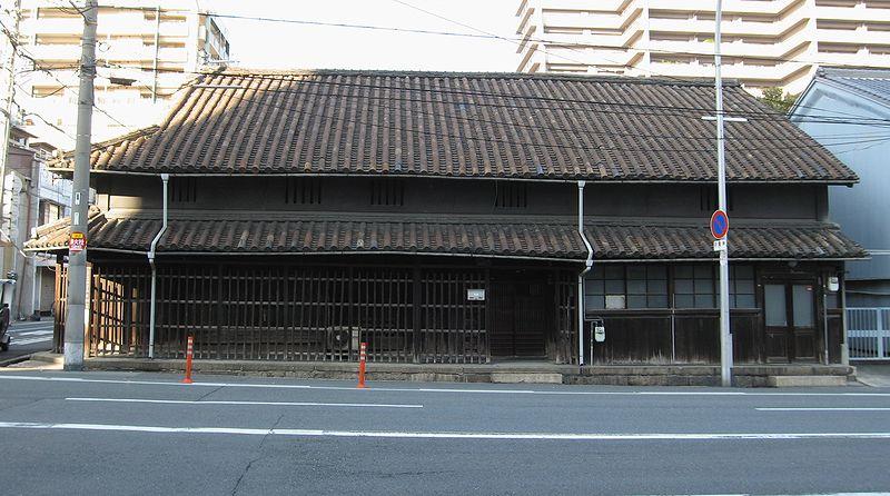 上本町の民家_f0139570_449872.jpg