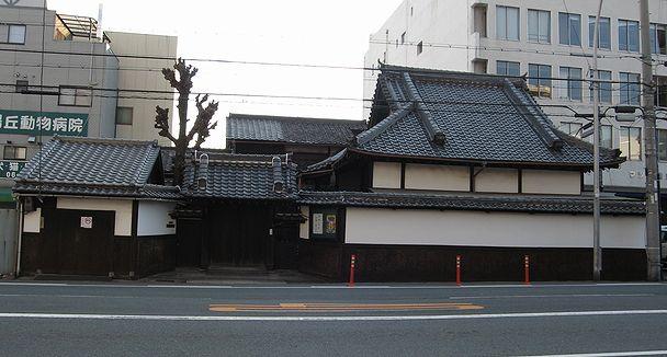 上本町の民家_f0139570_4521615.jpg