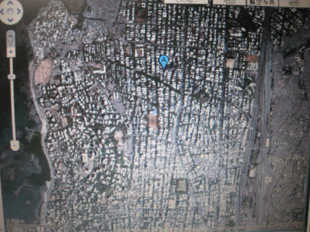 森美術館「チャロー!インディア」ジャスティン・ポンマニの写真をgoogle MAPで読み解く ①_e0091712_344348.jpg