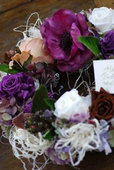 花のリースを作りました。_f0179528_23195911.jpg