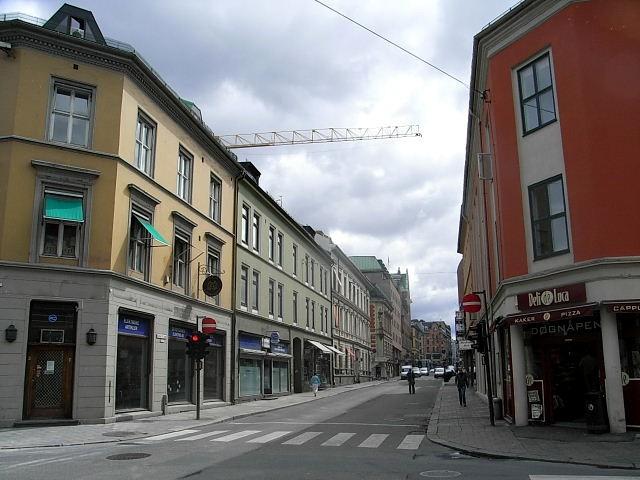 ノルウェー (40)   オスロ市内に戻る_c0011649_1172190.jpg