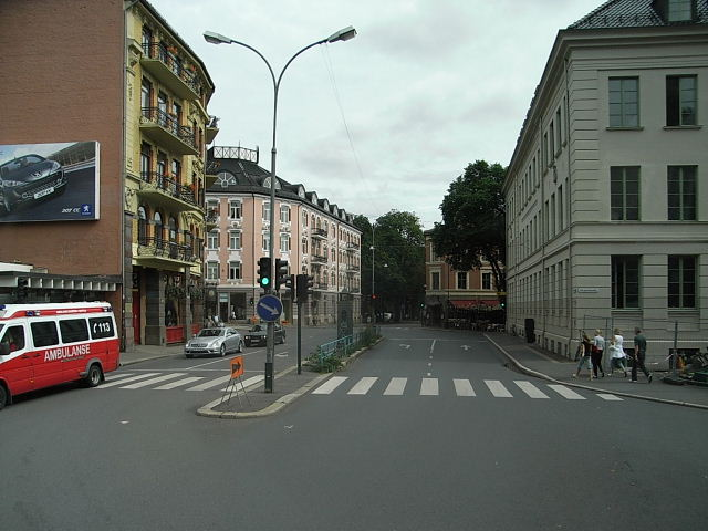 ノルウェー (40)   オスロ市内に戻る_c0011649_1191357.jpg