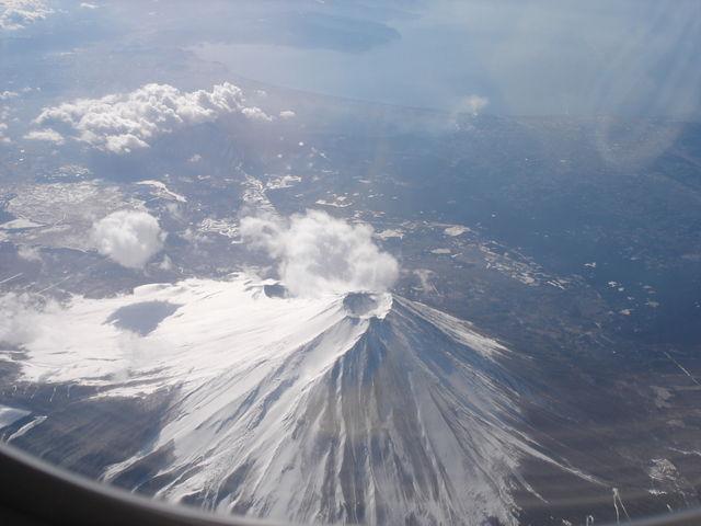 火山_f0075075_12182170.jpg