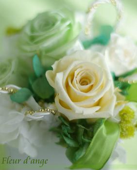 ◆WEDDING用ホワイト×グリーンのオーダーアレンジ☆_b0111306_22142376.jpg