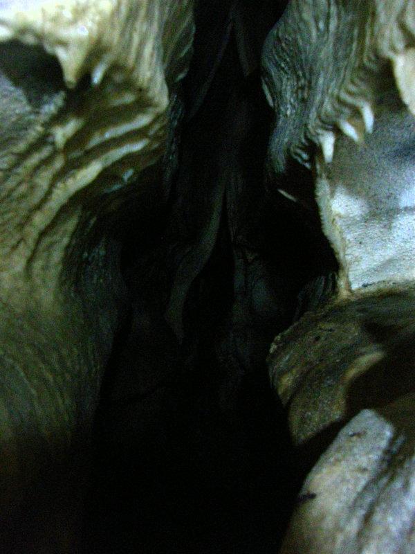 洞窟_f0075075_219484.jpg