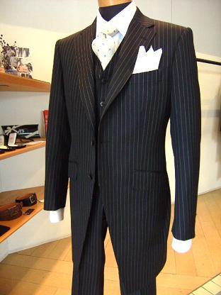 """ウェディングも""""自分スタイル"""" スーツ&ドレス(トワル)&ディレクターズスーツ 編_c0177259_1820439.jpg"""