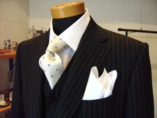"""ウェディングも""""自分スタイル"""" スーツ&ドレス(トワル)&ディレクターズスーツ 編_c0177259_182130100.jpg"""
