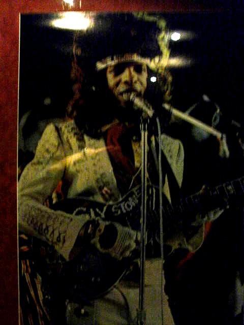 ノルウェー (44) ハードロック・カフェ Aerosmithを聴きながら・・・_c0011649_4575366.jpg