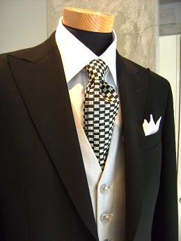"""ウェディングも""""自分スタイル"""" スーツ&ドレス(トワル)&ディレクターズスーツ 編_c0177259_22201045.jpg"""