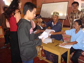 村長選挙_a0120328_1610622.jpg