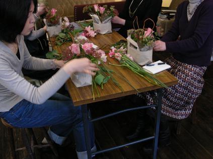 お花の教室開催!_e0149863_18371230.jpg