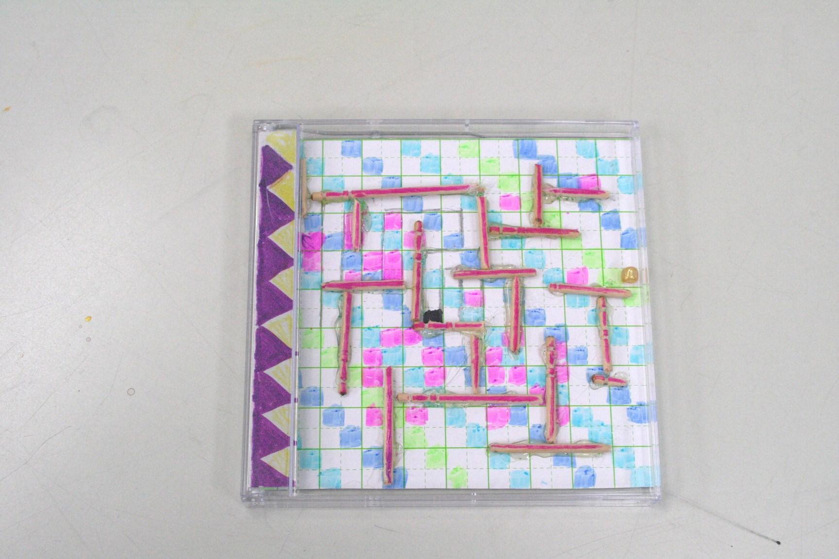 透明ケースのパズルづくり_e0167771_21285195.jpg