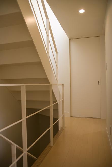ライトコートの家 2 狭小住宅 建築家 シンプルなデザイン _e0127948_1413170.jpg