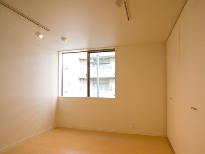 ライトコートの家 2 狭小住宅 建築家 シンプルなデザイン _e0127948_142125.jpg