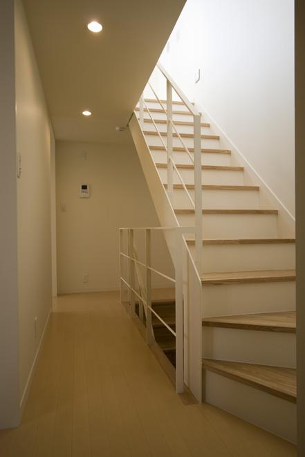 ライトコートの家 2 狭小住宅 建築家 シンプルなデザイン _e0127948_142556.jpg