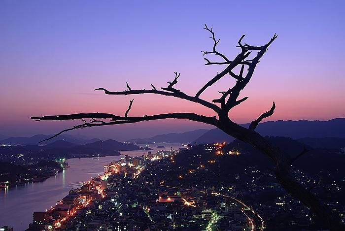 瑠璃山からの夕暮れ_c0152379_8155223.jpg