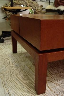 ただのセンターテーブルではありません!_a0096367_2254070.jpg