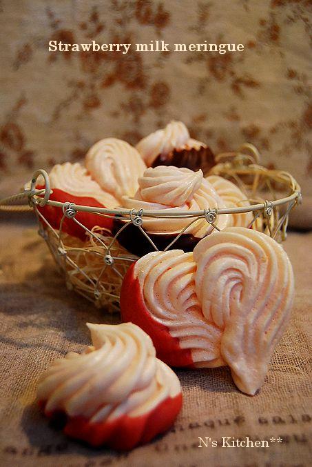 桜餡ベーグル & 練乳いちごの乙女メレンゲ_a0105872_4175786.jpg
