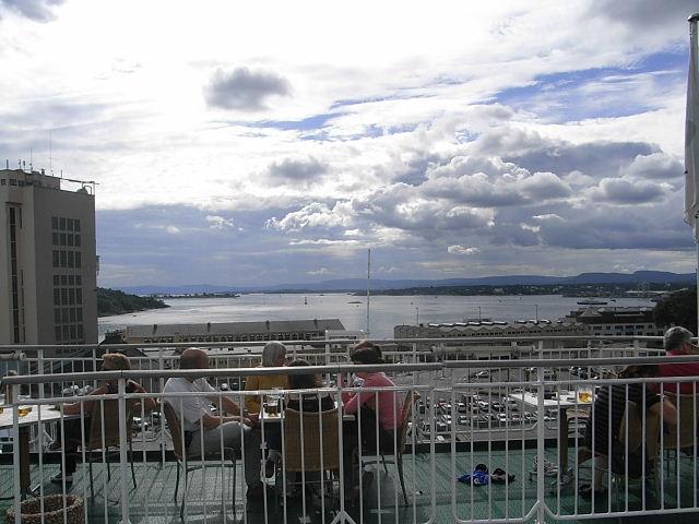 ノルウェー (47)     オスロ港・出港・・・・さらばノルウェー_c0011649_23483955.jpg
