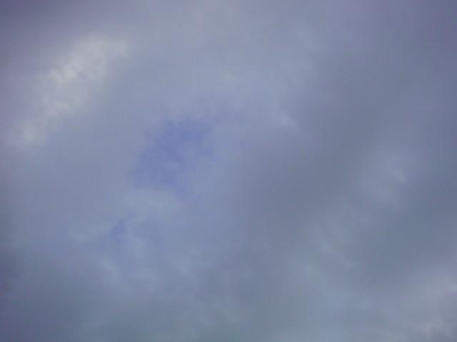 「曇り空…いや青空!」_e0051174_716678.jpg