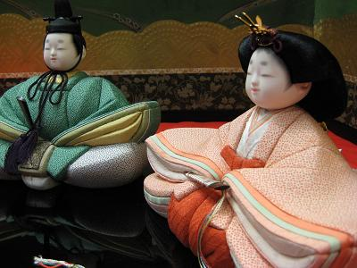 鍋島小紋の雛人形_f0040201_2237398.jpg