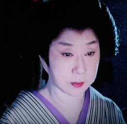 時代劇のきもの(4)『必殺仕事人Ⅳ』おりく(山田五十鈴)_f0134963_18284811.jpg