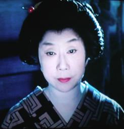 時代劇のきもの(4)『必殺仕事人Ⅳ』おりく(山田五十鈴)_f0134963_18341129.jpg