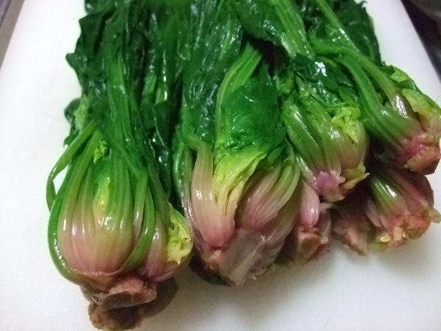 オークリーフ(農園の冬野菜)_f0049672_1662781.jpg