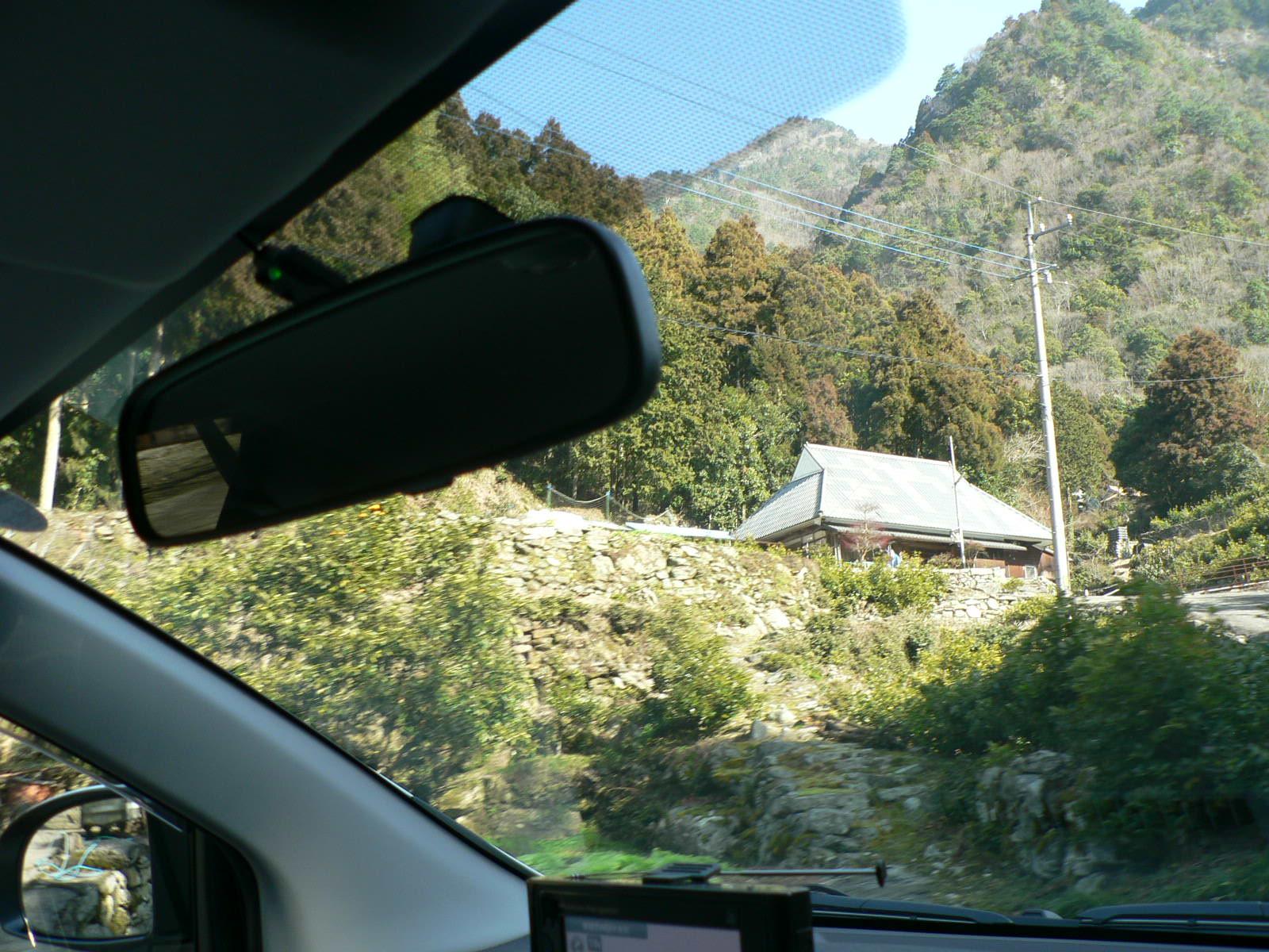 塩塚までの道のり_e0146402_2163725.jpg