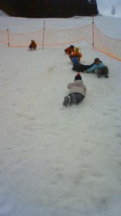 雪あそびにいってきたよ!_c0197584_14152266.jpg