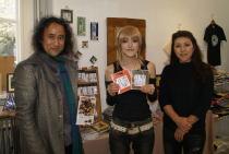 ねこ展@GALERIE PARIS~のら暦*ねこ休みネコ遊ビ*DVD on ヴァレンタイン・デイ_f0006713_619671.jpg