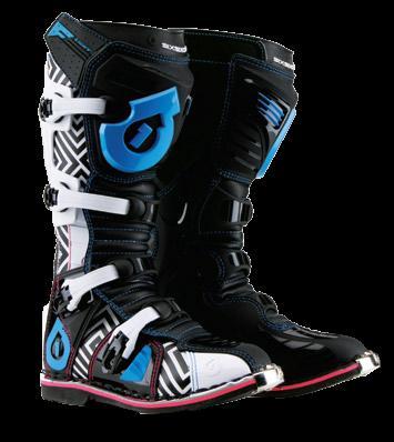 それでもってこれは新色ブーツ_f0062361_13402437.jpg