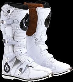 それでもってこれは新色ブーツ_f0062361_1341418.jpg