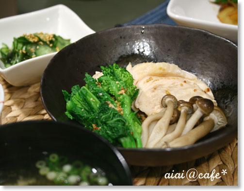 蒸し鶏と菜の花のマスタードソース_a0056451_13371816.jpg