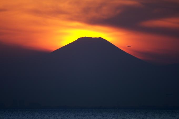ハイライトコントローラで夕日の色を復元する_c0168669_1938945.jpg