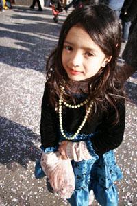 小さな村にて~子供達のカーニバル_f0106597_1803166.jpg