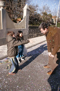 小さな村にて~子供達のカーニバル_f0106597_1815389.jpg